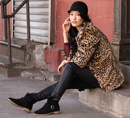 Find Skechers women's boots including fashion, comfort and sporty looks.