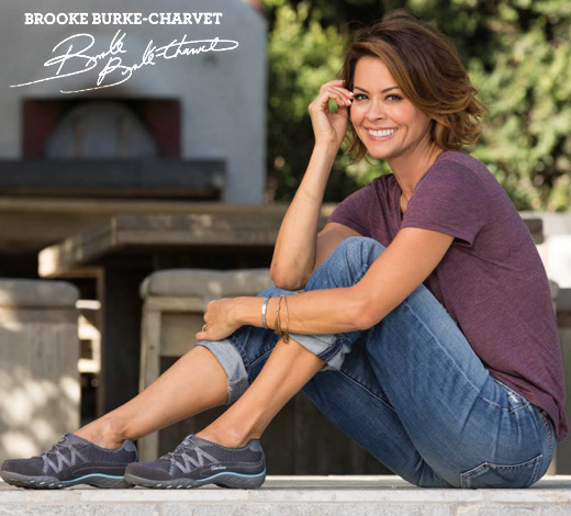 Shop for women's Skechers Casual shoes on Skechers.com including Relaxed Fit, Modern Comfort, Bikers, Active and more