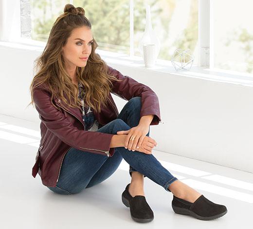 Voir toutes les chaussures de loisirs confortables pour femmes avec Mousse Mémoire et un support d'arche